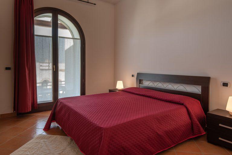 R2D1 8 pax bedroom 1