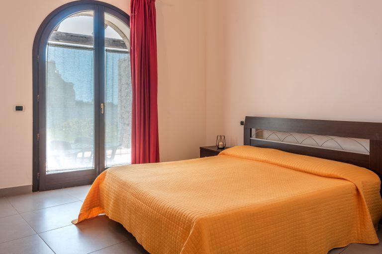 R3C2 bedroom A 1