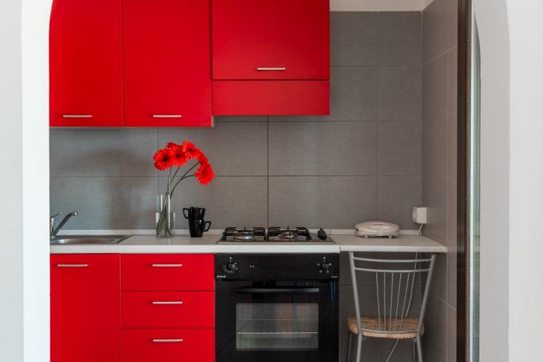 R3C2 kitchen 1